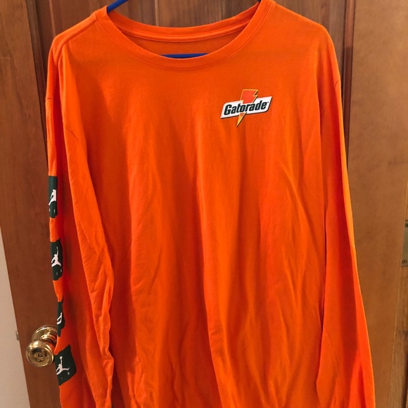 4e71e7b1e25570 Jordan Other - 🐊 RARE 💥 Gatorade Jordan Long Sleeve Shirt